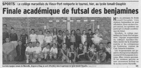 article vaucluse matin 28_04_16 futsal benjamines